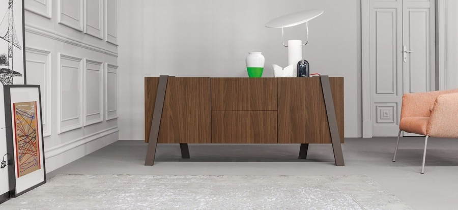 note-sideboard-01a